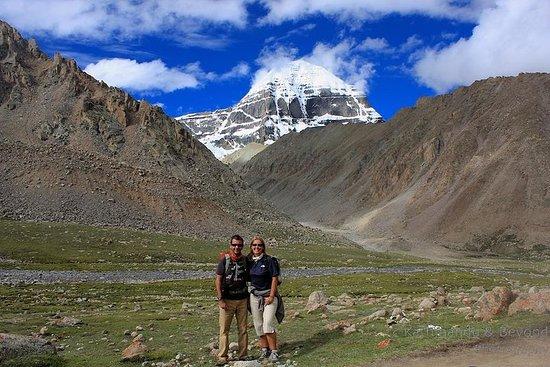 15 jours Mt Everest et le tour du groupe de pèlerinage Mt Kailash kora