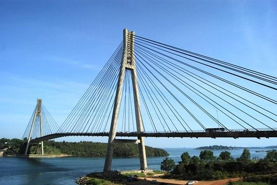 SMALL GROUP: Batam Day Trip with...