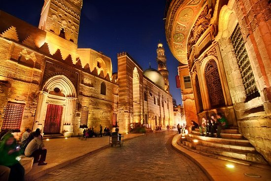 Multi day tours in Cairo without Cairo...