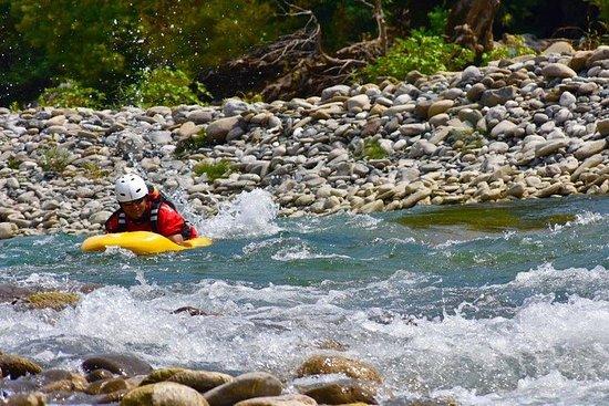 野生Vjosa River...
