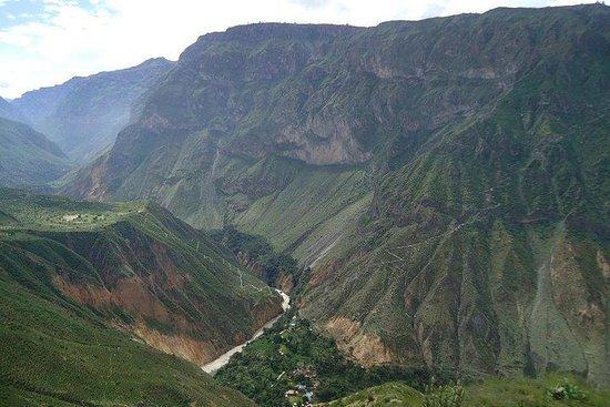 Fotografia de Trilha pelo Cânion Colca de 3 dias saindo de Arequipa