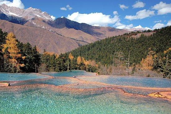 Tour privato di 4 giorni a Jiuzhaigou e Huanglong National Park da
