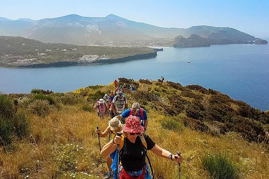 預先建立的團體徒步旅行風神群島