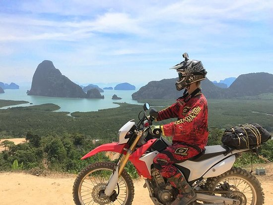 Off road guided motorcycle tour, qualification 15 laps, 2 days...