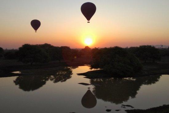 Bagan Antique Day Tour em Bagan