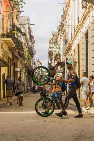 """I love Old Havana for street photographic work!!!"""