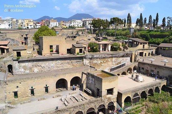 Historical Tour -pompeii Herculaneum...