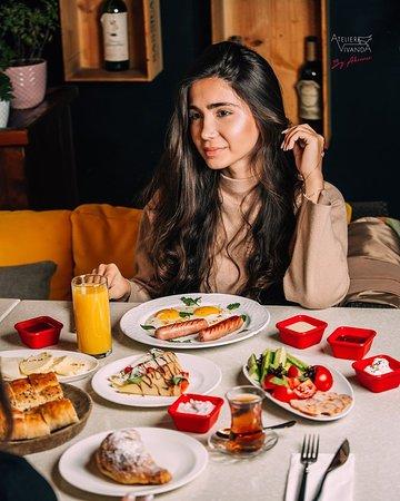 Порадуйте себя и близких вкуснейшим завтраком в Atelier Vivanda! ~ Treat your loved ones and yourself with delicious breakfast! ATELIER VIVANDA 📍 Port Baku Towers, Baku, Azerbaijan ☎+994(12)4048204 📲 +994(51)2250300 🌐 http://ateliervivanda.az/