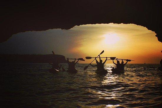 Baie de Cala Xarraca - SUNSET- Excursion en kayak