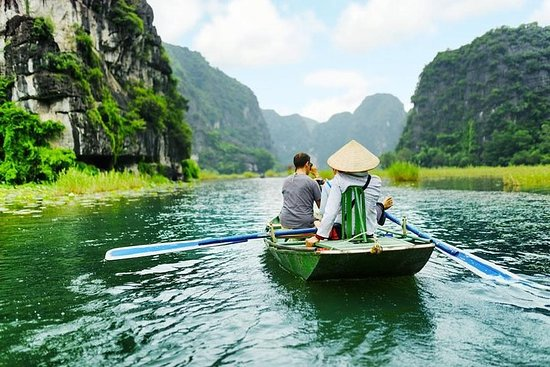 Hoa Lu - Tam Coc - Bike Full Day Trip