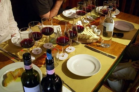 ETNA TOUR & LUNCH EN UNA BODEGA CON...