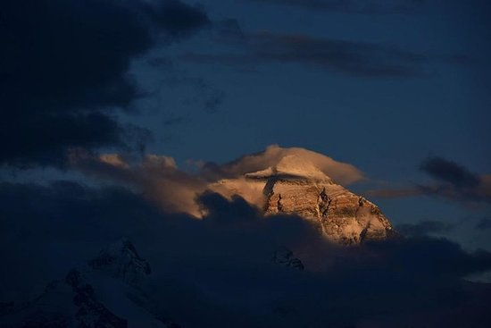 8 Days Tibet Nepal Overland Tour With Mt.Everest