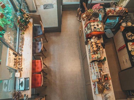 Mini Cafe at the lobby.