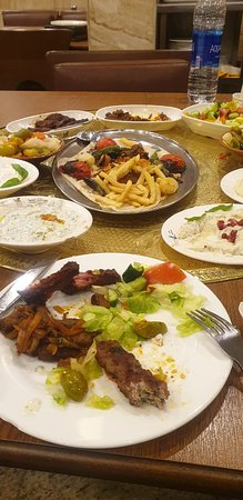 Come join us for a meal at Shaqilath Hotel. Come Hungry