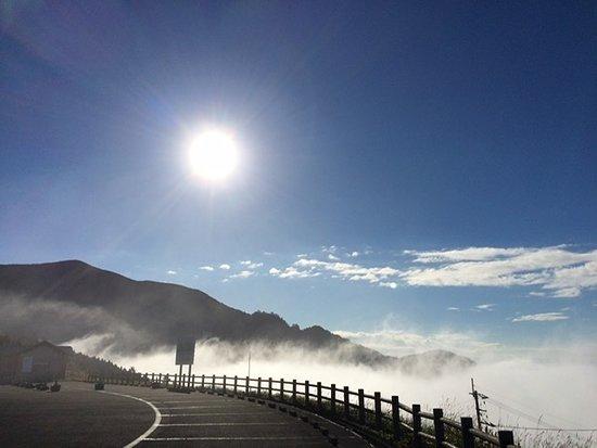 朝日を浴びた雲海もきれいです