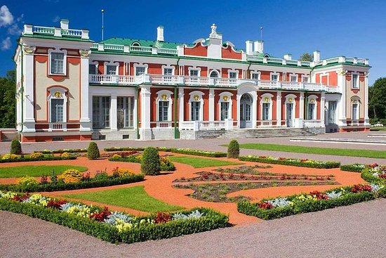 Admire os destaques de Tallinn...