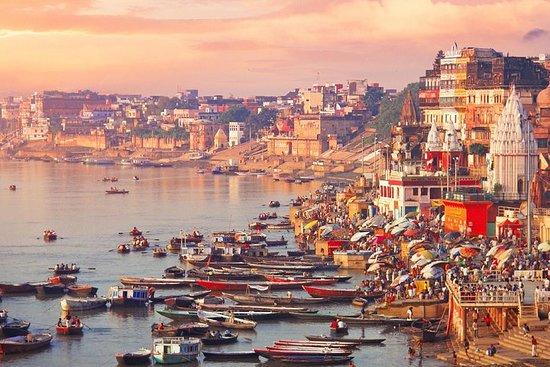 Varanasi Excursion from Delhi by Fastest Indian Train صورة فوتوغرافية