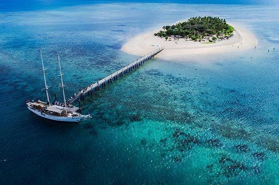 納迪蒂瓦島一日遊,包括浮潛和燒烤午餐