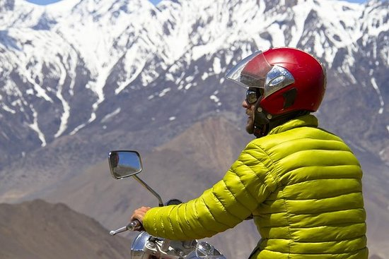 Royal Enfield Motorbike Tour - 7 Days Guided Experience