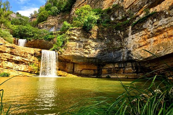 Excursão a Pristina, Cachoeira...