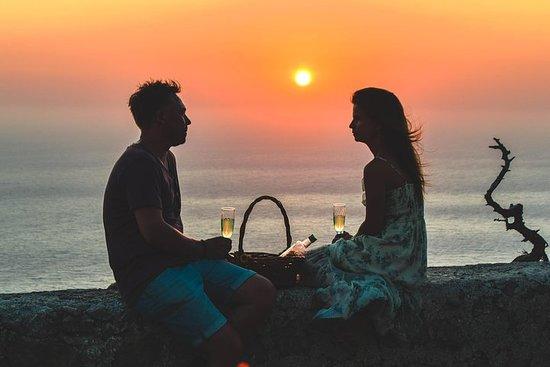 Dégustation de vin et coucher de soleil romantique à Monolithos