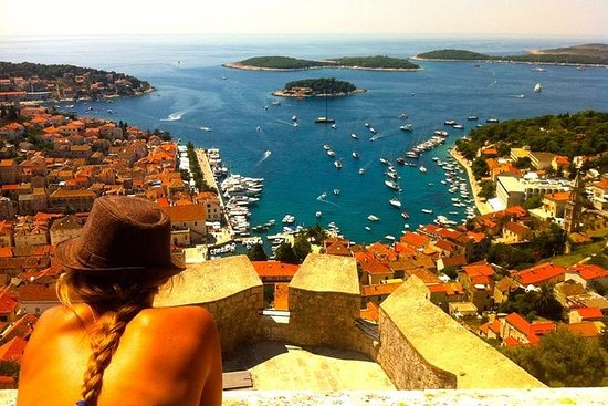 Hvar and Pakleni Tour with Speedboat Ride from Split or Trogir
