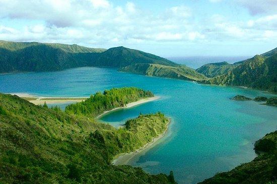Lagoa do Fogo - 半日ツアー
