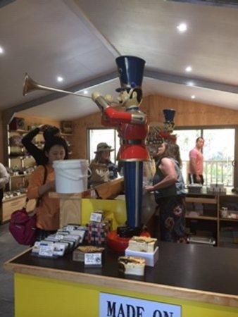 Bruny Island Chocolate Company: Counter
