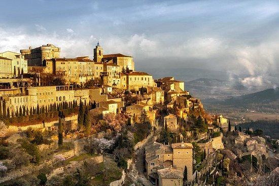 PRIVAT Ganztägiger Luberon Villages Spaziergang von Avignon