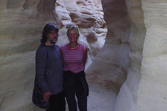Excursión de 1 día en jeep desde Dahab a Small Colored Canyon