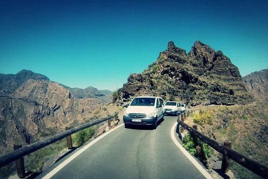 Gran Canaria: Small Group Day Tour with Lunch and Transfers