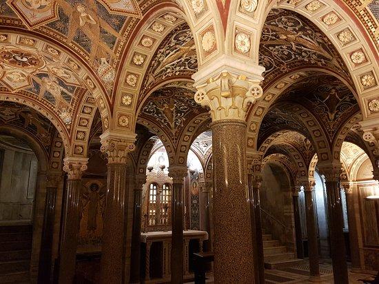 Subsuelo de la Iglesia Santa Cecilia , Trastevere.