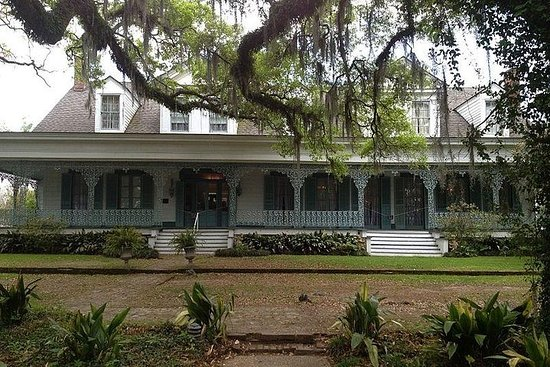 From New Orleans: Private Haunted Myrtles Plantation Adventure