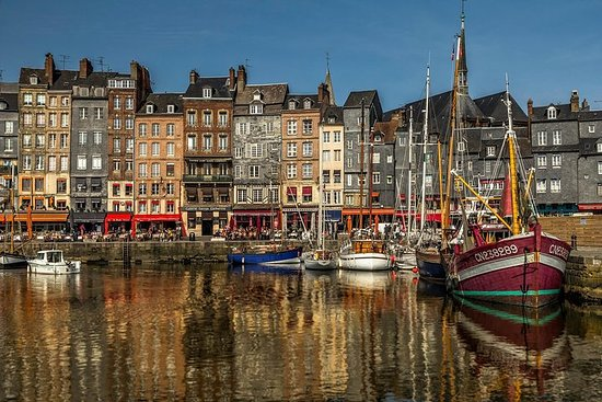 Honfleur and Cote Fleurie Small Group Day Trip from Paris