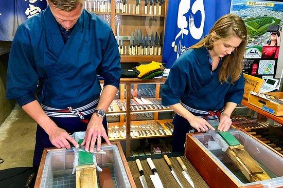 Aiguiser les couteaux japonais à Osaka
