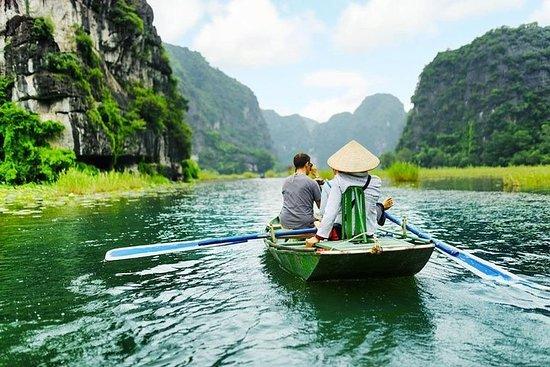 Um dia em Hoa Lu - Caverna Am Tien...