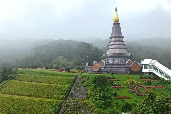 Doi Inthanon Day Tour from Chiang Mai with Twin Pagodas & Hill-tribe...