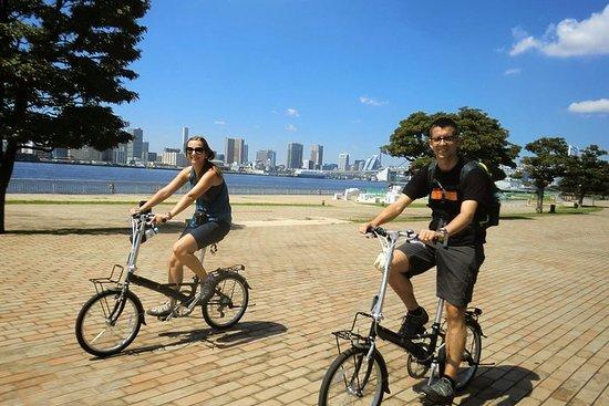 自転車で巡る東京:東京湾のクルーズも楽しめる、築地市場とお台場の旅