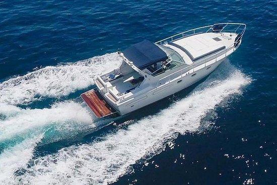 卡普里島夜間私人遊船從索倫托出發(從18.30到00.00)豪華