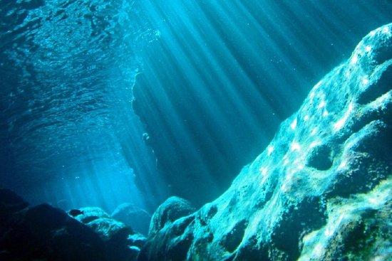 Grotte de Saipan Snorkeling et visite...