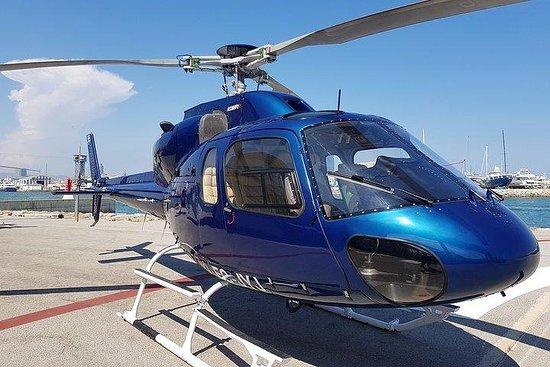 Recorrido en helicóptero por la costa...