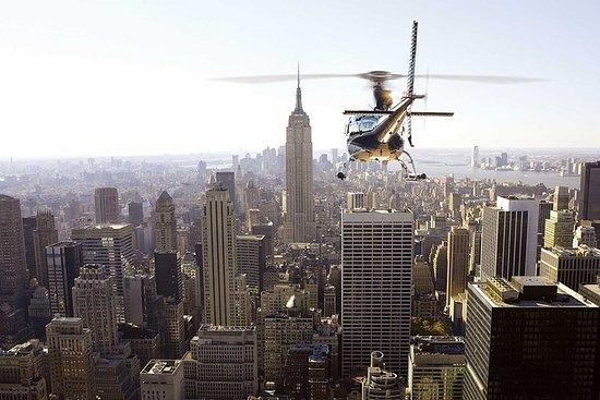Privéhelikoptertour door New York met champagne Foto