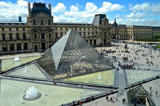 免排隊:巴黎一日遊:盧浮宮預售票和1小時遊輪