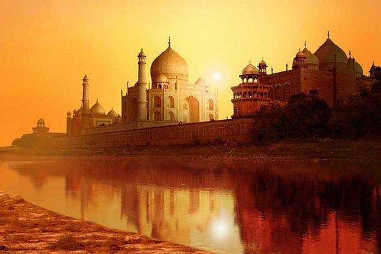 Tour du Taj Mahal au lever du soleil et...
