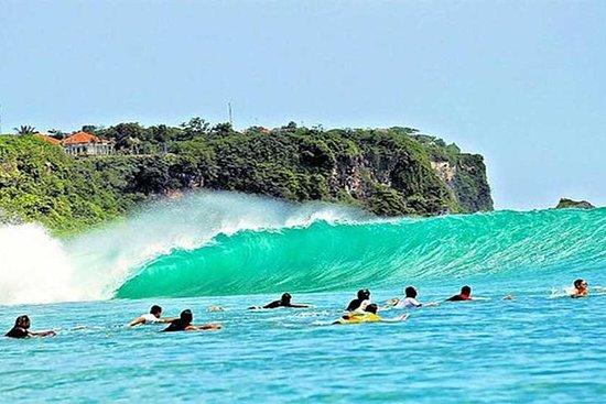 半日游:巴东 - 巴东海滩,乌鲁瓦图寺 - 凯卡火舞和金巴兰湾