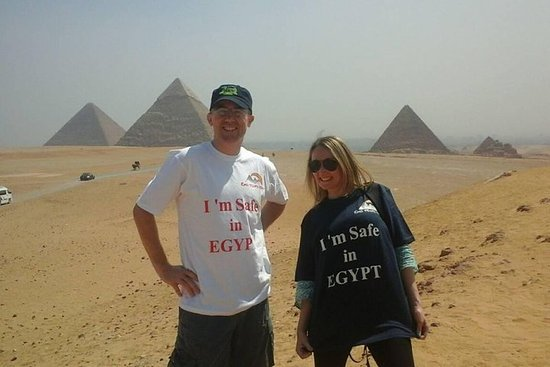 Best cairo tours visit to Giza Pyramids...