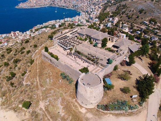 Замок Лекурси 🇦🇱 Lekuresi Castle
