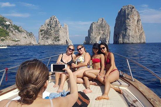 索倫託的Capri&Blue Grotto小團體之旅