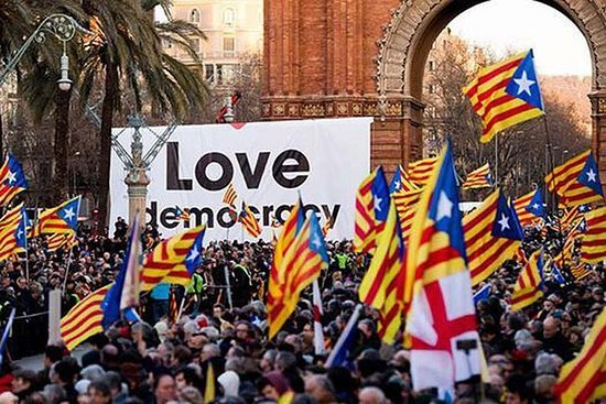 Catalan Independence Tour - The Sessions Politics