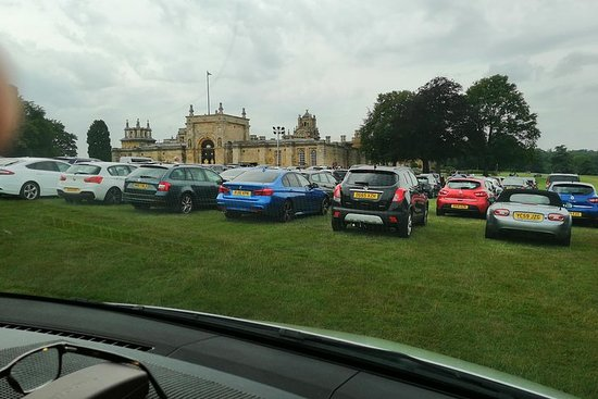 Luxury Private Vehicle Day Hire: From-London Blenheim Palace...